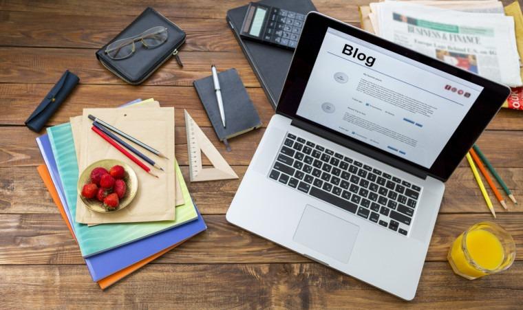 shutterstock 286375898 760x451 1 Hướng dẫn cách viết blog kiếm tiền online hay